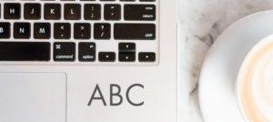 Bilde av PC med tekst ABC